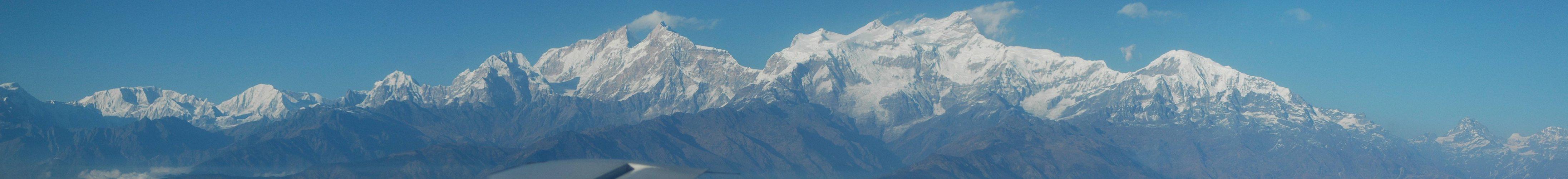 flight kathmandu pokhara manaslu himal ¦ Pictures > Nepal > Chitwan